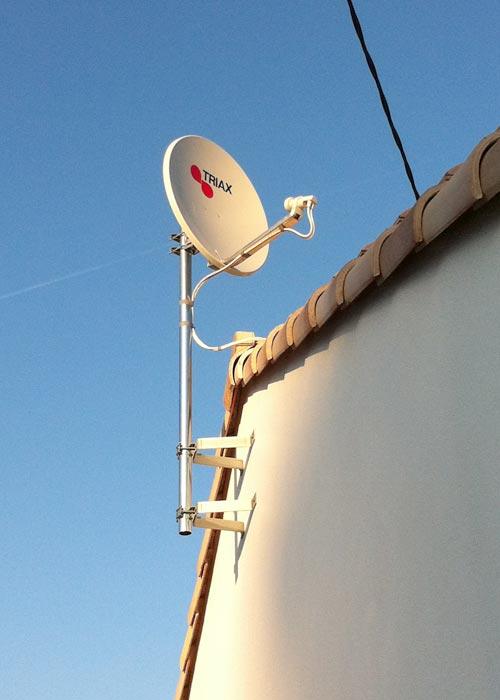 L 39 installation t l phonique et tv par parabole for Regler son antenne satellite