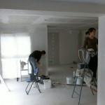 Application de la sous-couche dans la salle à manger