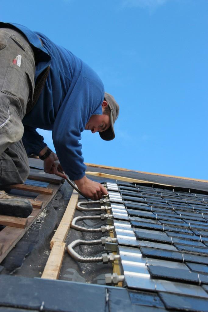 Pose des panneaux solaires Thermoslate