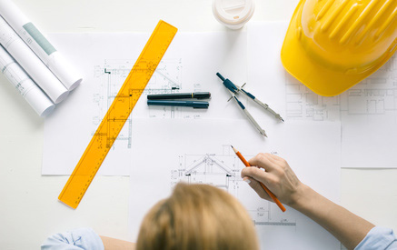 Mesures des plans par un architecte