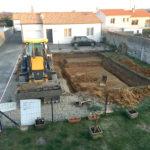 Passage chez le voisin pour sa construction de maison